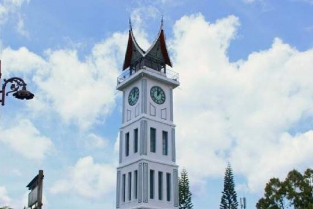 5 Tempat Wisata Sumatera Barat yang Wajib Kamu Kunjungi!