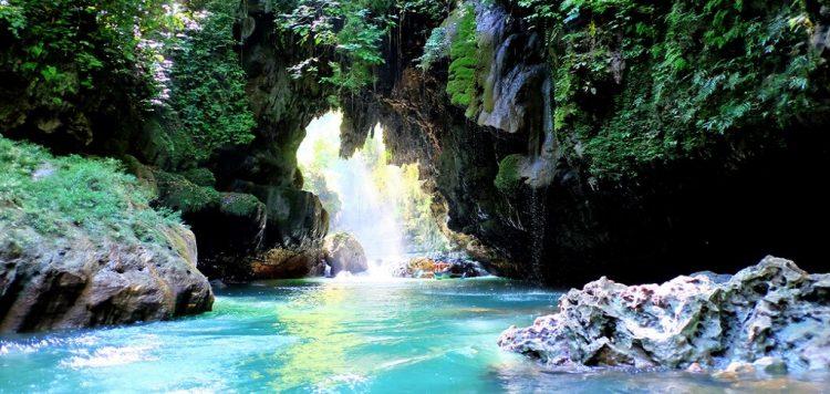 6 Hal yang Bisa Kamu Temui di Green Canyon Pangandaran