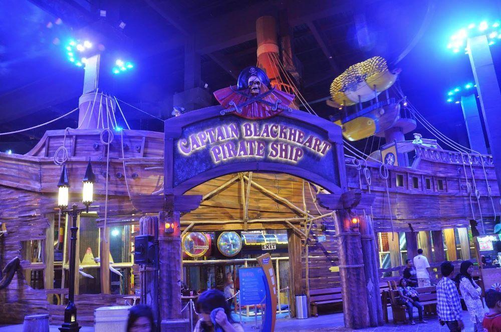Captain Blackheart Pirate Ship