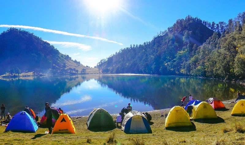 Danau Kumbolo 2