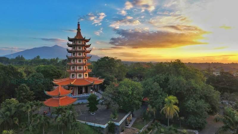 Pagoda Avalokitesvara