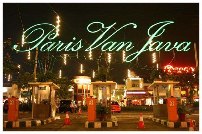 Paris-Van-Java