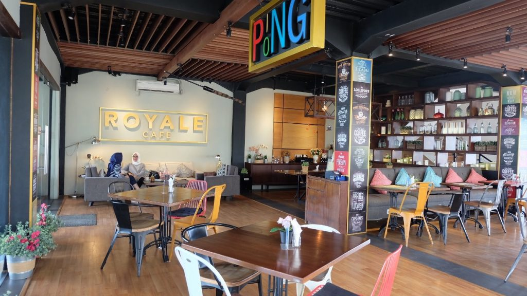 Royale Bakery and Cafe