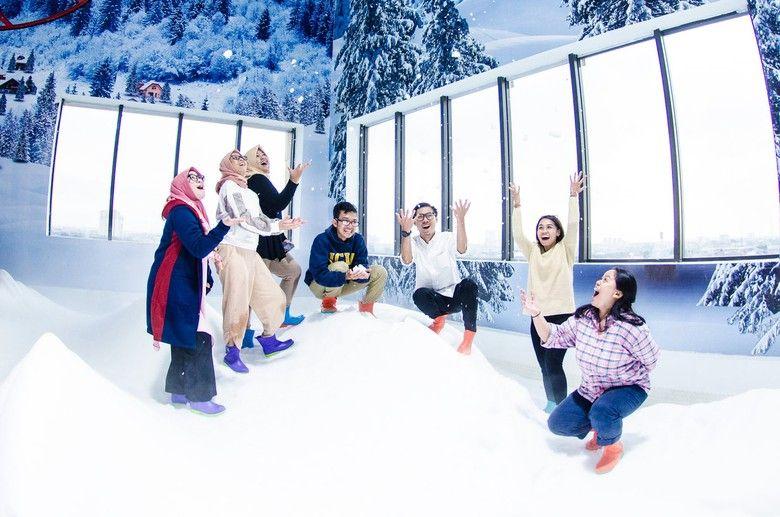 Trans Snow World