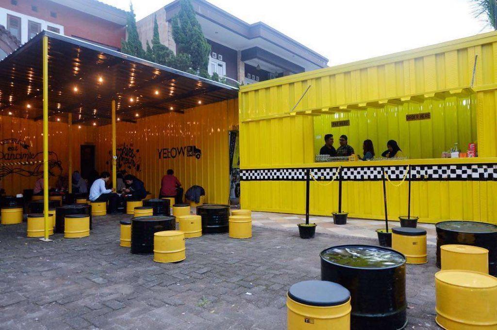 Yellow Truck Café