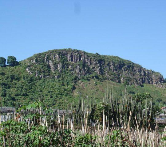 Gunung Batu Lembang