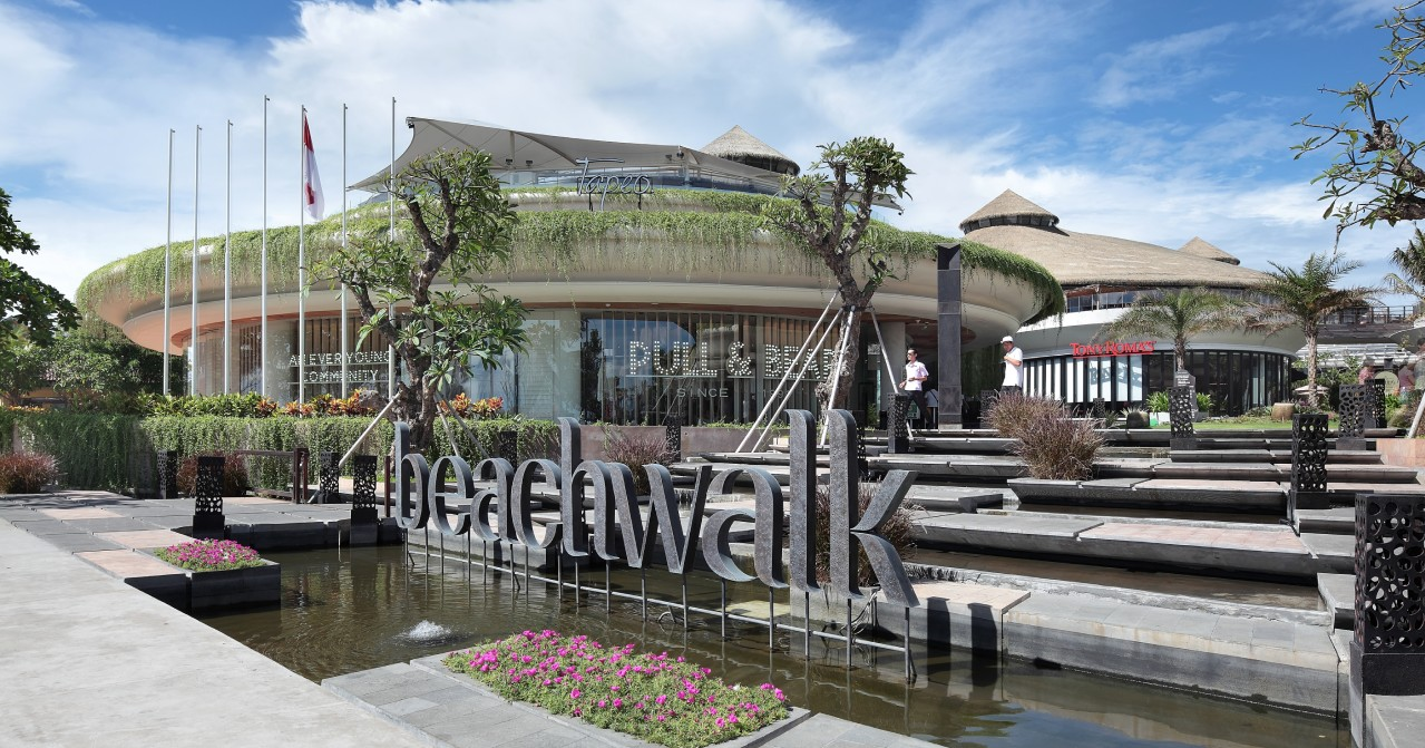 Beachwalk Mall